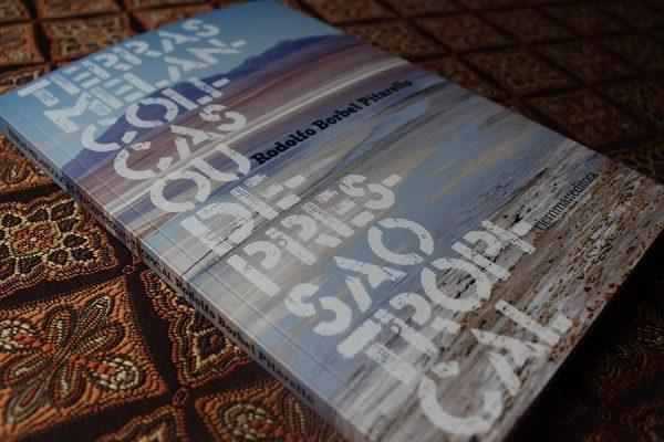 Convite para lançamento do livro 'Terras Melancólicas ou Depressão Tropical' do autor Rodolfo Borbel Pitarello